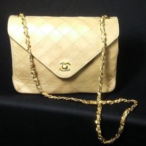 Vintage Chanel Lambskin Leather Shoulder Flap Bag